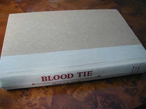 Picture of the first edition Houghton Mifflin