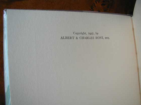 This is the copyright page of the first U.S. edition.  There is no statements of