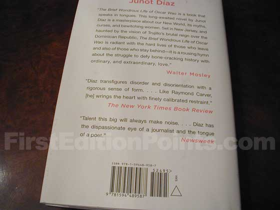 Picture of the back dust jacket for the first edition of The Brief Wondrous Life of Oscar