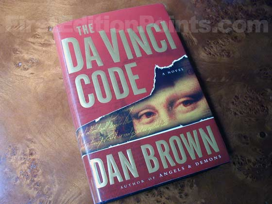 Picture of the 2003 first edition dust jacket for The Da Vinci Code.