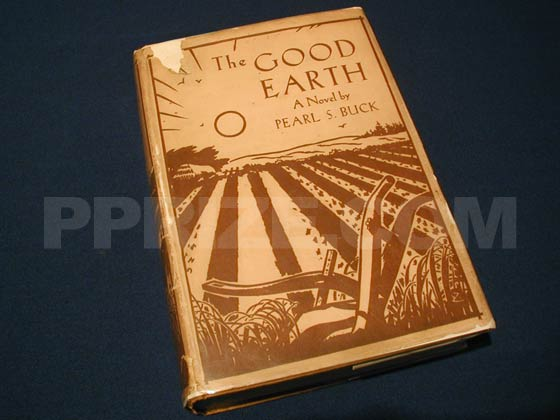 Picture of the 1931 first edition dust jacket for The Good Earth.