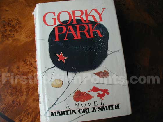 Picture of the 1981 first edition dust jacket for Gorky Park.