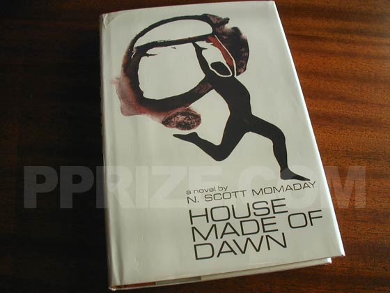 Picture of the 1968 first edition dust jacket for House Made of Dawn.