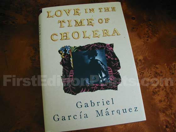 Picture of the 1988 first edition dust jacket for Love in the Time of Cholera (First