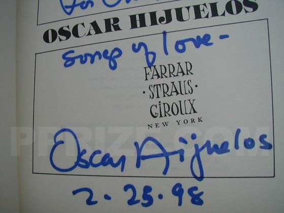 Autograph: Signature of Oscar Hijuelos.