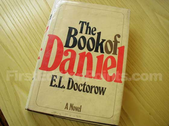 Picture of the 1971 first edition dust jacket for The Book of Daniel.