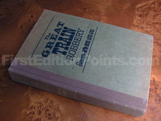 Picture of the first edition Alfred A. Knopf boards for The Great Train Robbery.