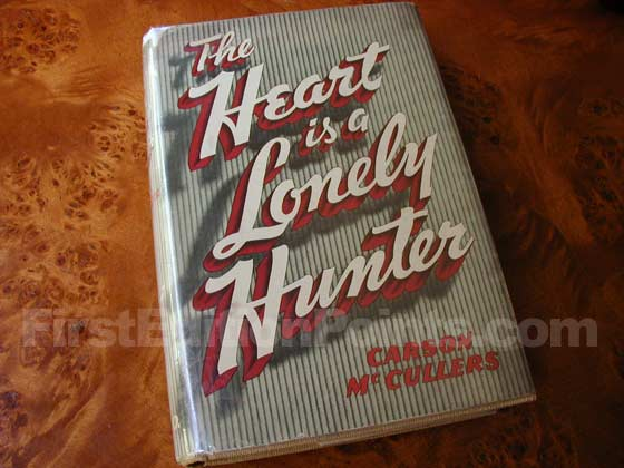 Picture of the 1940 first edition dust jacket for The Heart is a Lonely Hunter.