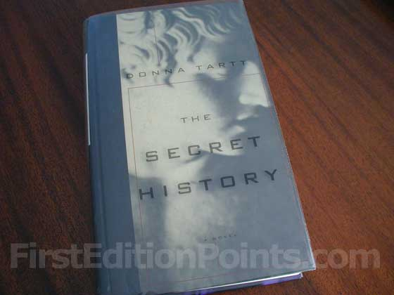 Picture of the 1992 first edition dust jacket for The Secret History.