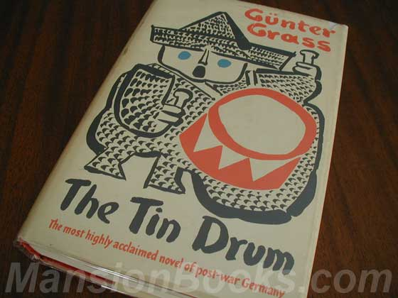 Picture of the 1962 first edition dust jacket for The Tin Drum.