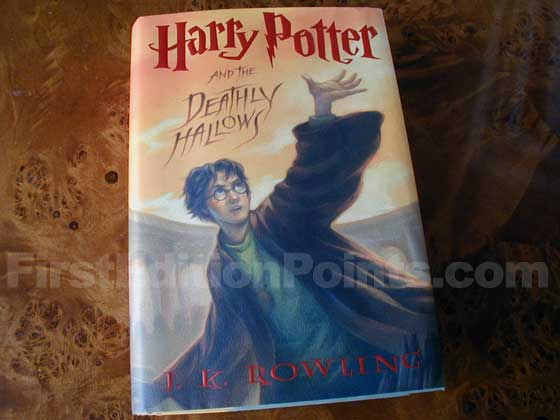 Picture of the 2007 first edition dust jacket for Harry Potter and the Deathly Hallows