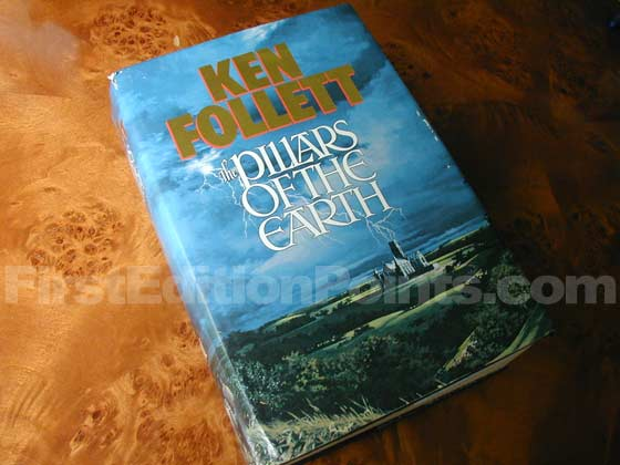 Picture of the 1989 first edition dust jacket for The Pillars of the Earth.