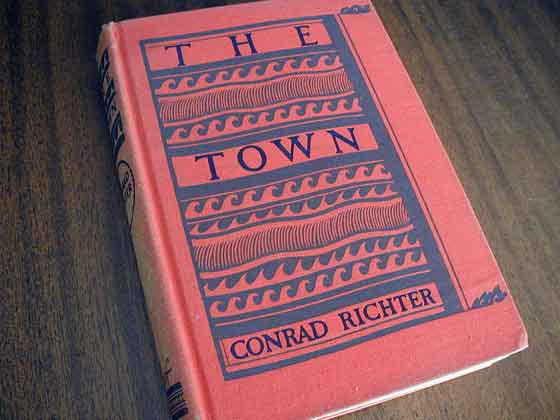 Picture of the first edition Alfred A. Knopf boards for The Town.